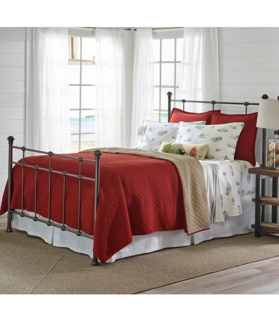 Lakehouse Bed
