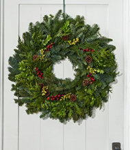 woodland berry wreath 24 - Solar Powered Christmas Wreath
