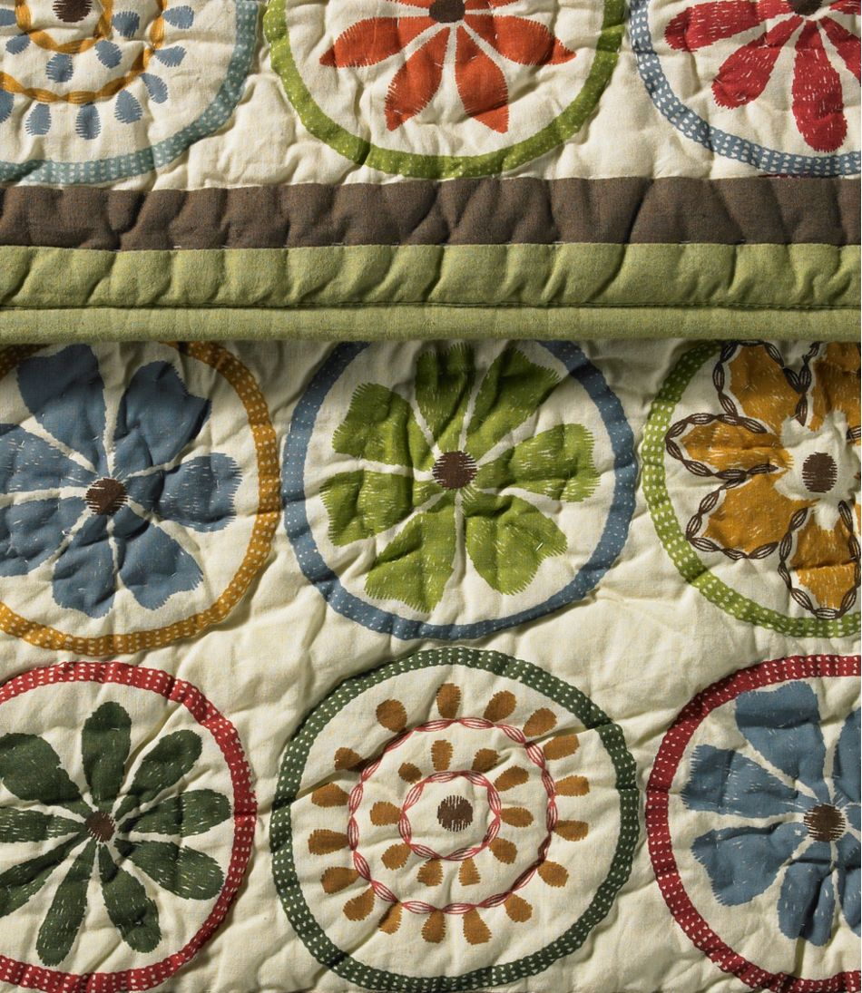 Blooming Circles Quilt Collection