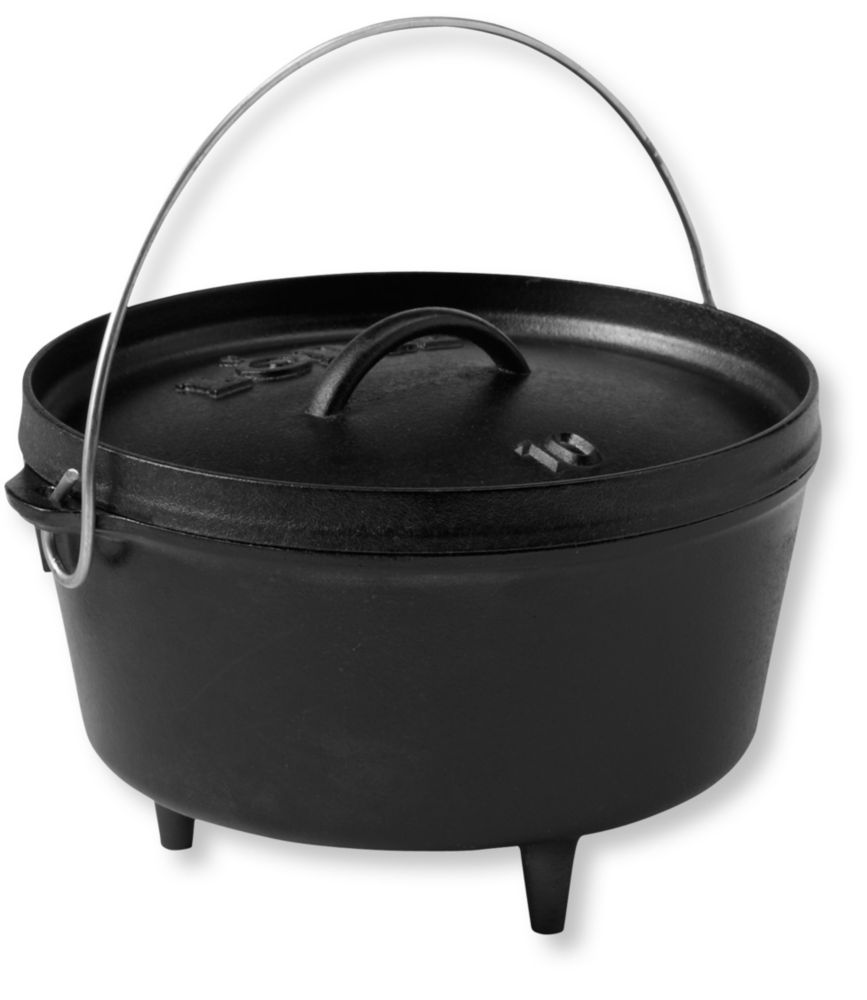 photo: Lodge Logic Deep Dutch Oven