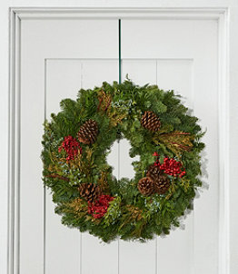 Woodland Canella Berry Wreath, 24""