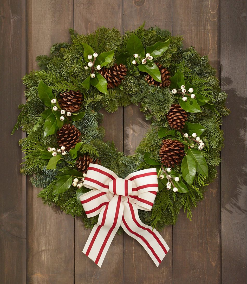Woodland Snowberry Wreath
