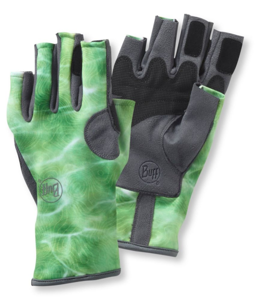 This gift for fly fishers shows the Buff Angler III Gloves.
