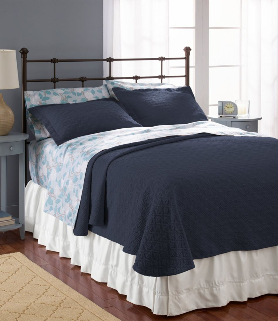 Diamond Stitch Matelassé Bedspread