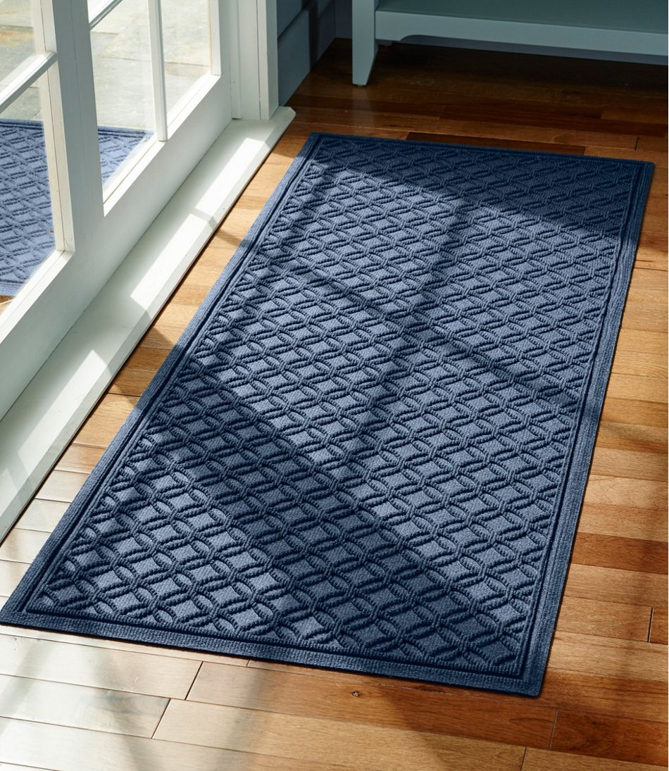 Heavyweight Recycled Waterhog Mat Runner, Locked Circles