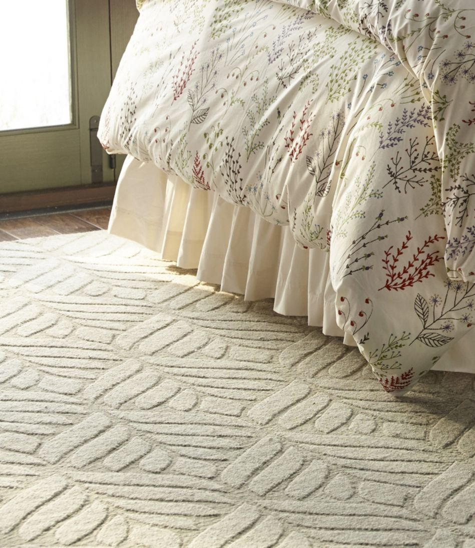 Textured Leaf Wool Rug