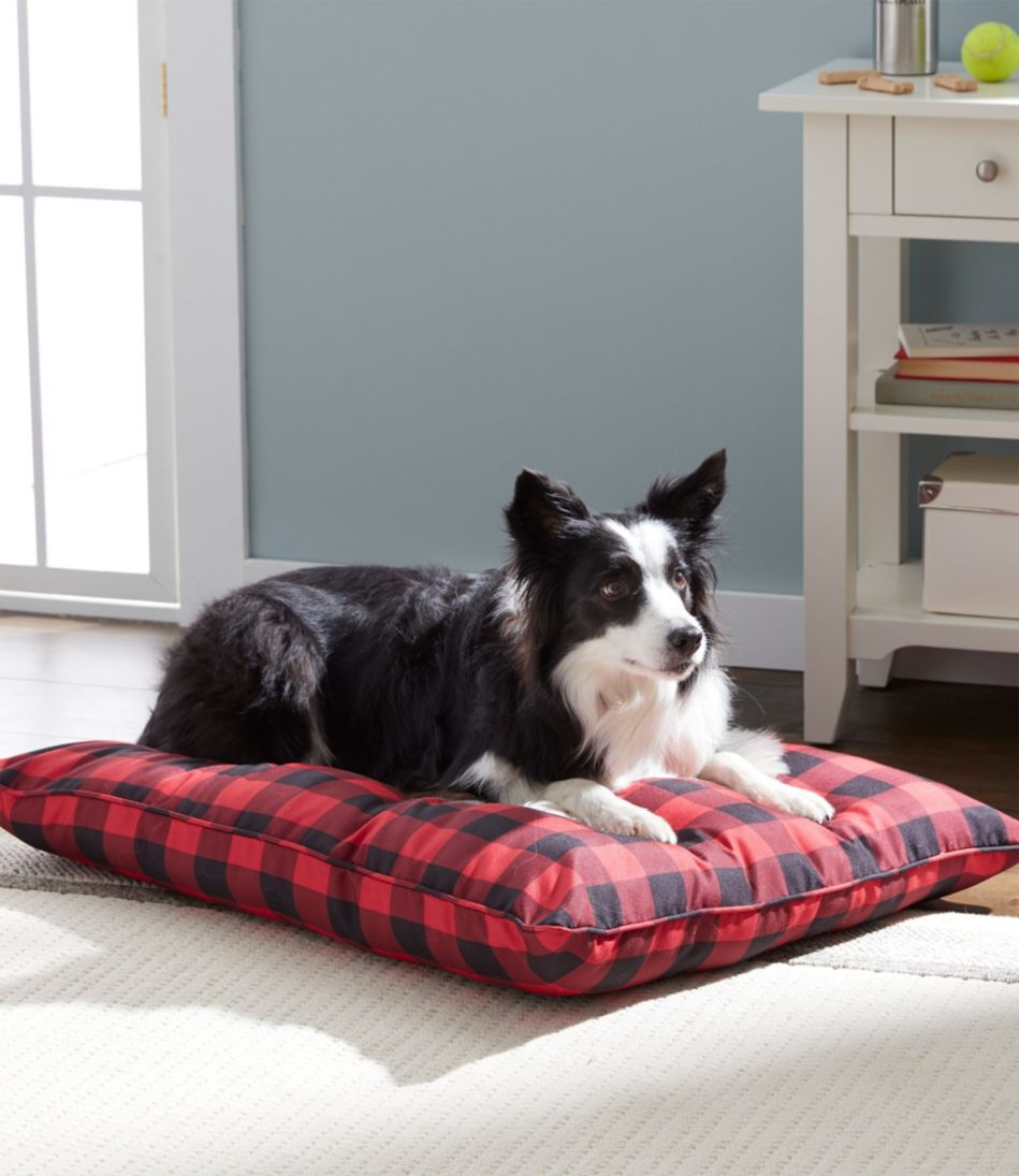 Pillow Dog Bed, Plaid