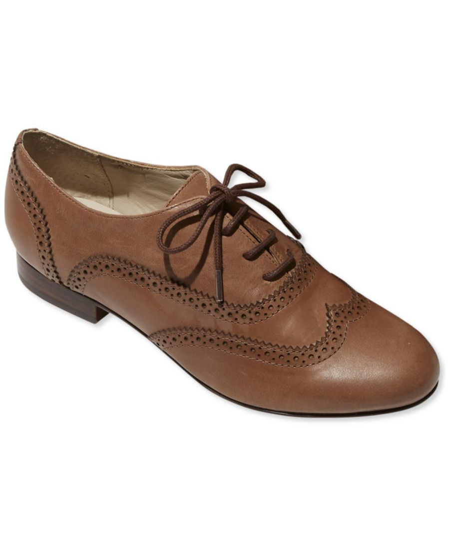 Signature Oxford Shoes