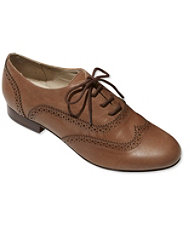 Signature Oxford Shoes
