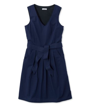 The Signature V-Neck Poplin Dress