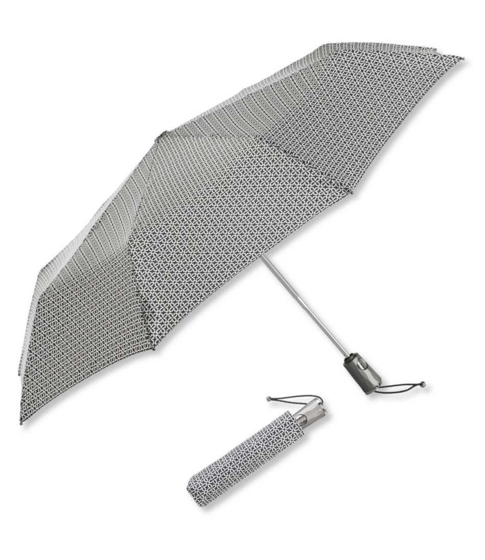 Totes Titan Large Auto Open/Close NeverWet Umbrella