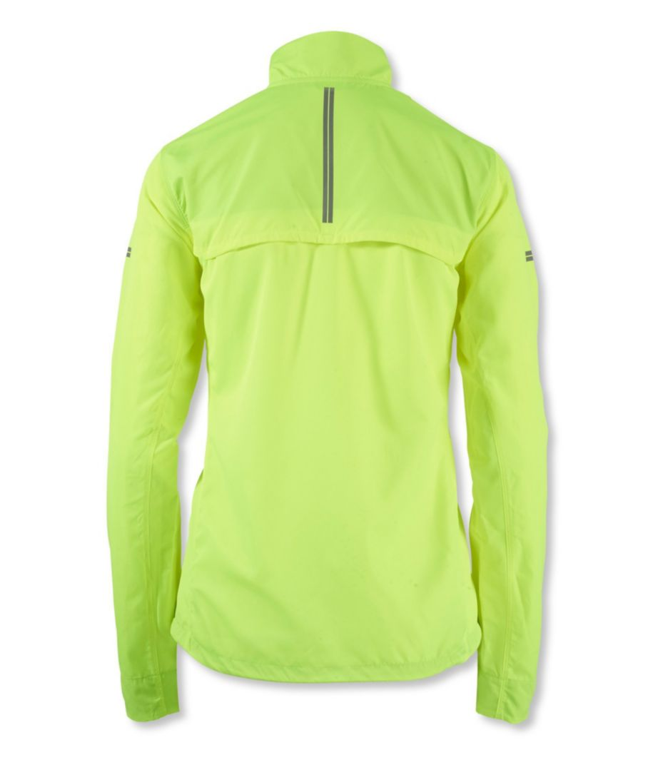 brooks essential running jacket
