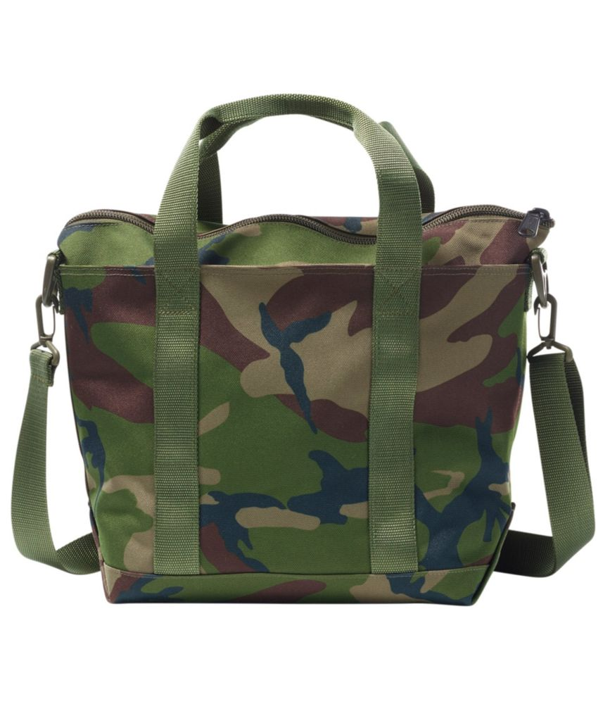 This great gift for hunters photo shows the L.L.Bean Zip Hunters Tote Bag in Camp.