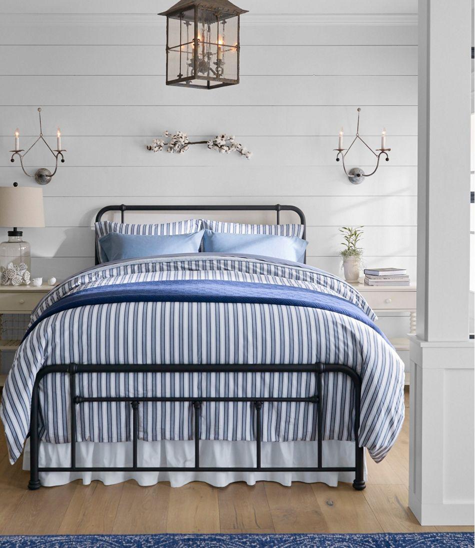 Cottage Metal Bed Set