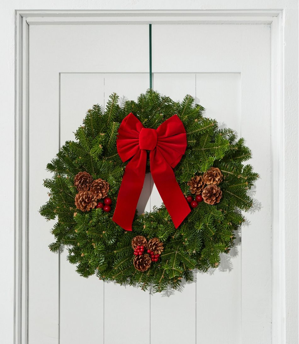 Traditional Christmas Balsam Wreath, 24""
