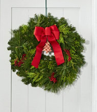 Maine Canella Ornament Wreath