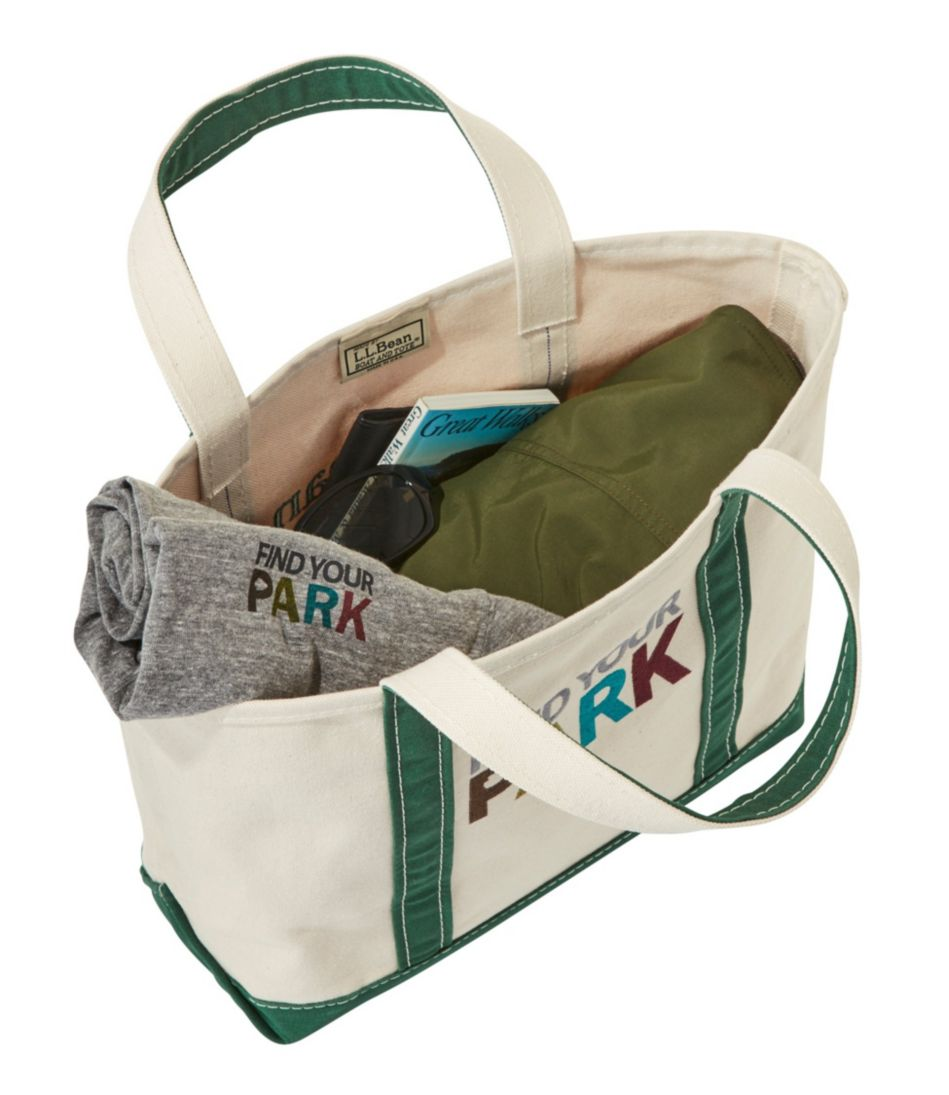 Find Your Park Boat and Tote