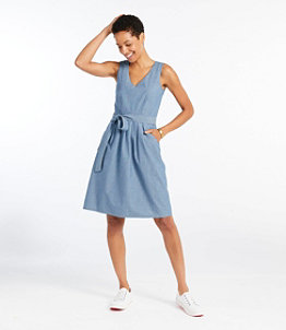 Women's Signature V-Neck Chambray Dress