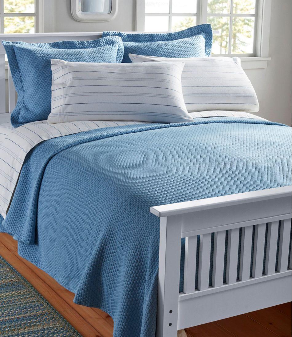 Organic Honeycomb Matelasse Bedspread