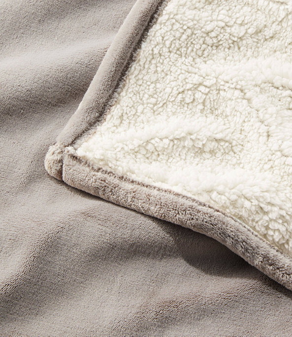 Wicked Plush Sherpa Throw, Extra-Large, , large image number 2